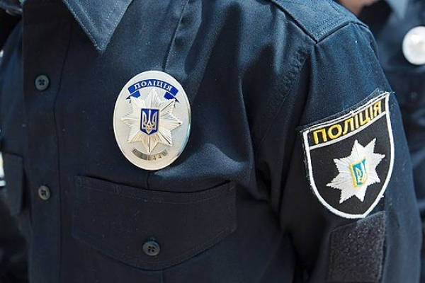 У Львові озброєний молодик напав на прадавчиню в магазині алкогольної продукції