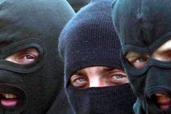 На Львівщині рецидивісти пограбували підлітків