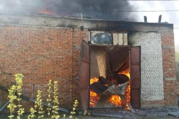 У Стрию на складі макулатури згоріло 15 тонн сировини