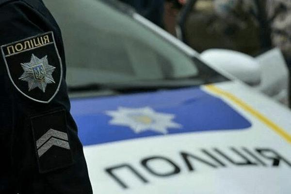 Львівські патрульні врятували водія, в якого виникли проблеми з серцем