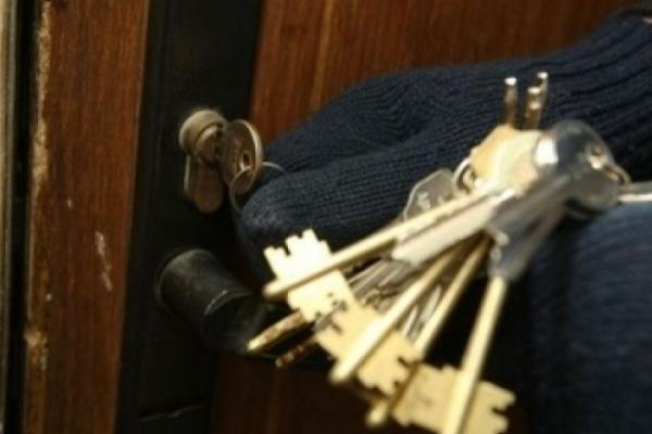 У Львові впіймали квартирників, які обікрали помешкання АТОвця, придбане за пожертвування