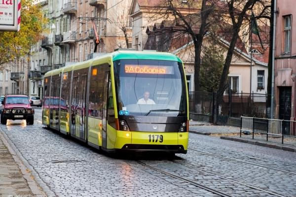 У Львові подорожчали абонементські картки на проїзд в електротранспорті