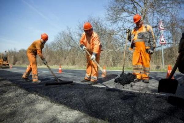 «Онур» отримає понад 300 мільйонів за ремонт 31 км дороги від Самбора до Борислава