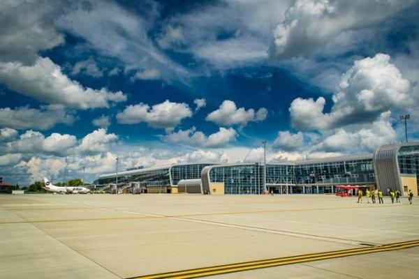 Зі Львова планують відкрити прямий авіарейс до Нью-Йорка