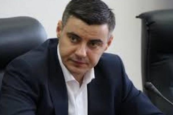 Головний податківець Львівщини зберігає більше 2,5 мільйонів гривень готівки