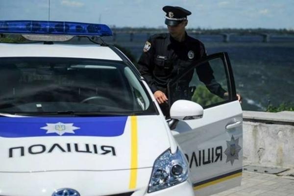 У Львові патрульні поліцейські затримали підозрюваних у пограбуванні