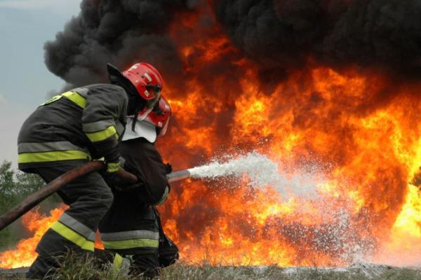 На Львівщині пожежники врятували квартиру від знищення вогнем
