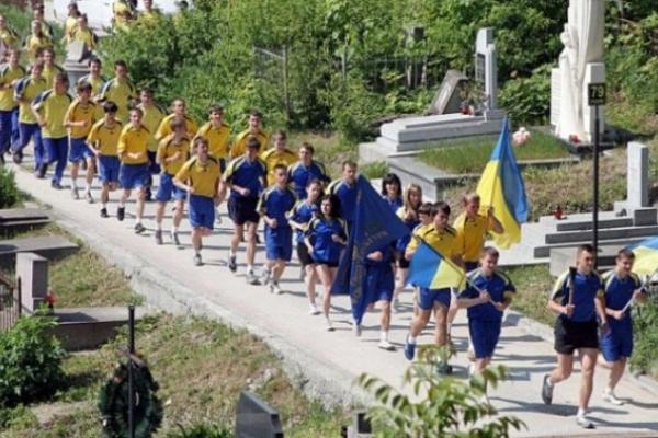 Понад 120 студентів пробіжать у неділю естафету вулицями Львова