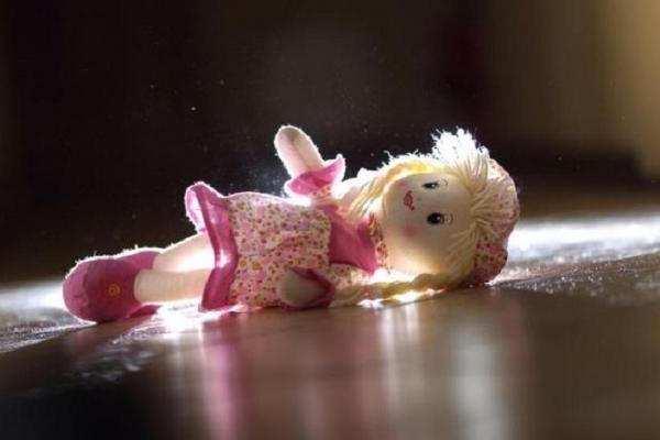 Трагедія на Львівщині: багатодітний батько, посварившись з дружиною, зґвалтував свою п'ятирічну доньку