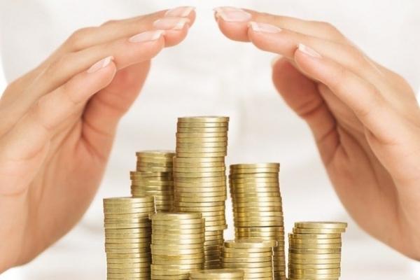 Скільки грошей у робочих руках Львова: топ сфер з високою зарплатою