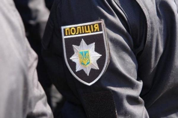 У Львові нетверезі підлітки влаштували дебош і посварилися з поліцією