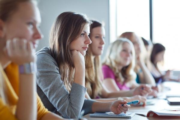 На львівщині 12 випускників отримали по 200 балів на ЗНО
