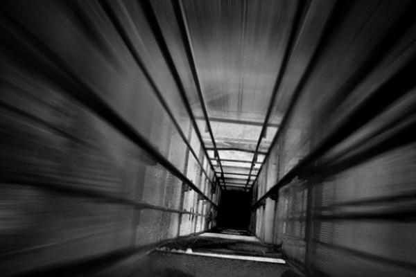 У львівській багатоповерхівці обірвався ліфт з пасажиркою всередині