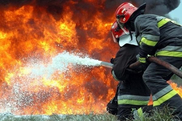 Житель Львівщини купив будинок, а він згорів
