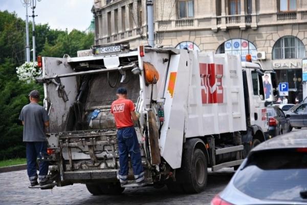 На Львівщині ліквідували 44% стихійних сміттєзвалищ