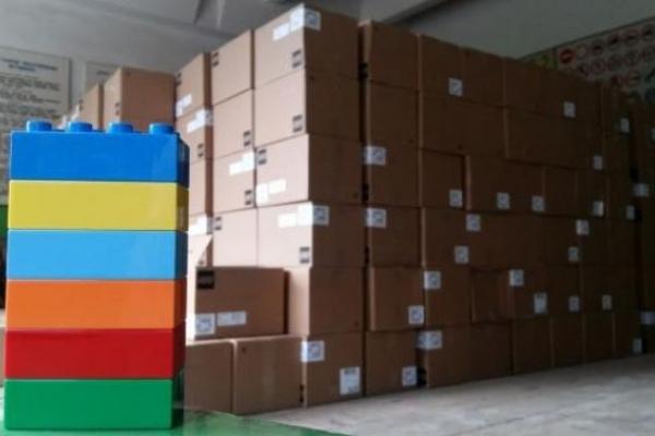 Першокласники на Львівщині отримали 30296 наборів «Lego»