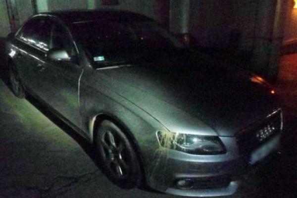 На Львівщині виявили викрадену у Франції автівку