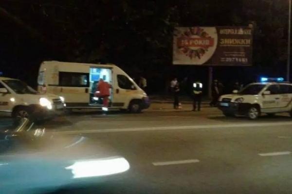 Поблизу одного з львівських клубів відбулася стрілянина