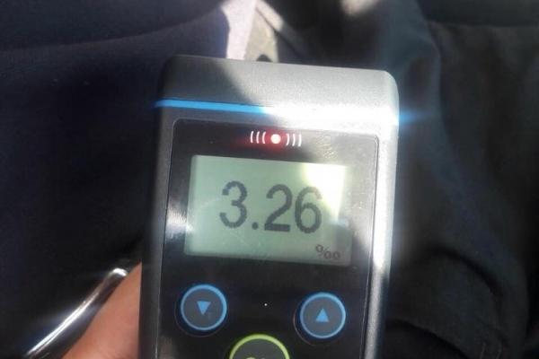 У Львові зупинили водія таксі вміст алкоголю в крові якого в 16 разів перевищував норму