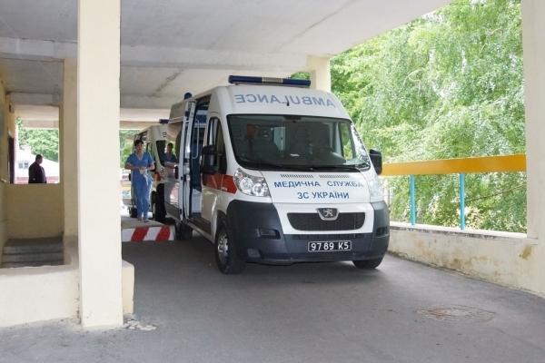 Невідома хвороба: у лікарні на Львівщині раптово померла вагітна дівчина