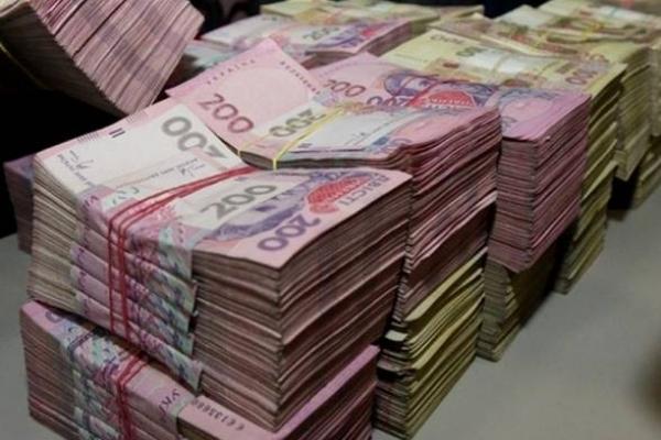 На Львівщині чоловік заборгував державі 750 тис. гривень податків, бо продавав побутову хімію