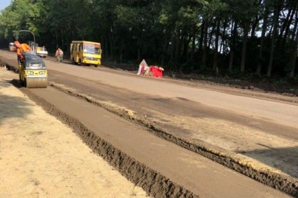 Через ремонт до жовтня перекриють ділянку дороги Львів-Шегині. Схема об'їзду