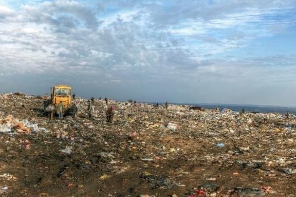 Дві протилежні петиції щодо будівництва сміттєпереробного заводу у Львові набрали по 500 голосів