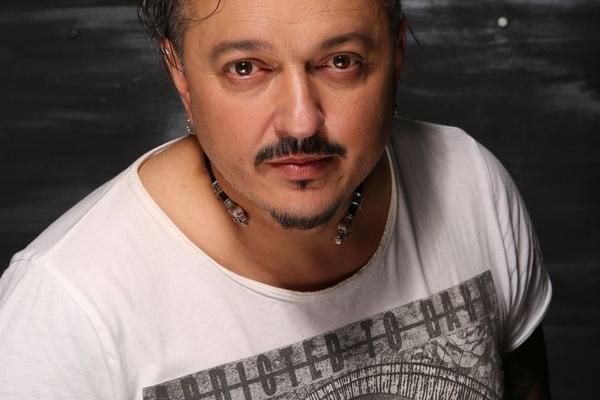 Андрій Підлужний поділився ексклюзивними подробицями створення свого нового кліпу «Навіки»