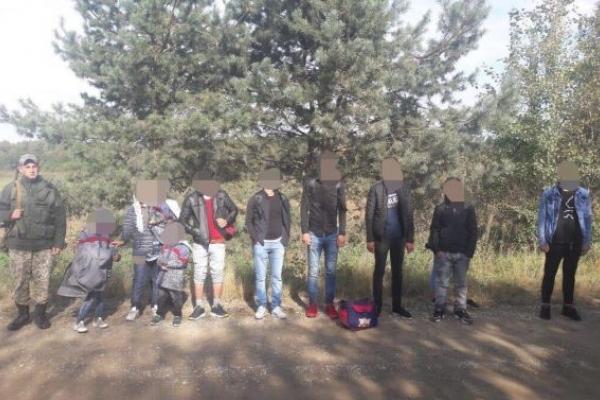На Львівщині затримали 11 нелегальних мігрантів