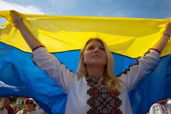 А що каже геральдика про кольори українського прапору?