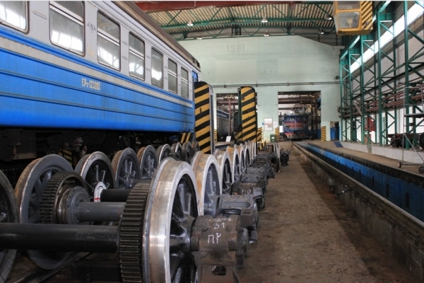 Львівська залізниця планує збільшити кількість вагонів в електричках