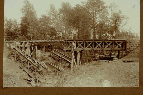 Міст біля Мостиська на столітніх фото (Фото)
