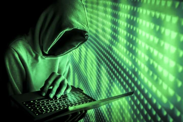 Львівський хакер зламав тисячі комп'ютерів у 50 країнах світу (Фото)