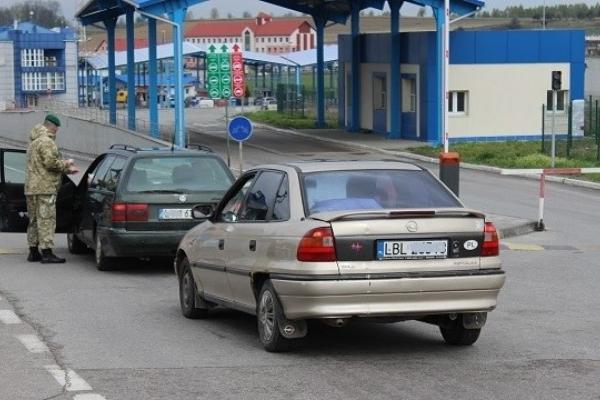 Поліція Львівщини приймає заяви від постраждалих через перекриття руху на кордоні з Польщею