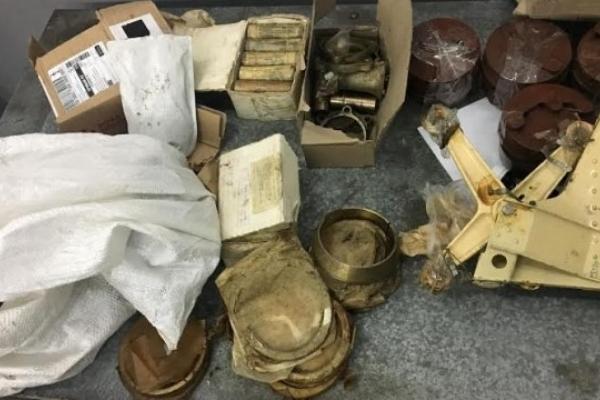 У Шегині затримали поляка з контрабандою комплектуючих до літаків
