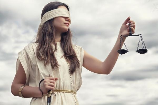 На Львівщині судили працівника АЗС, який обдурював клієнтів