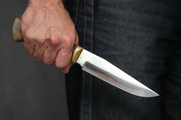 На Львівщині 35-річний чоловік вдарив ножем двох підлітків