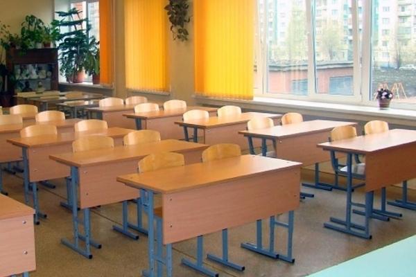 У Львові призупинили навчання у 7 школах
