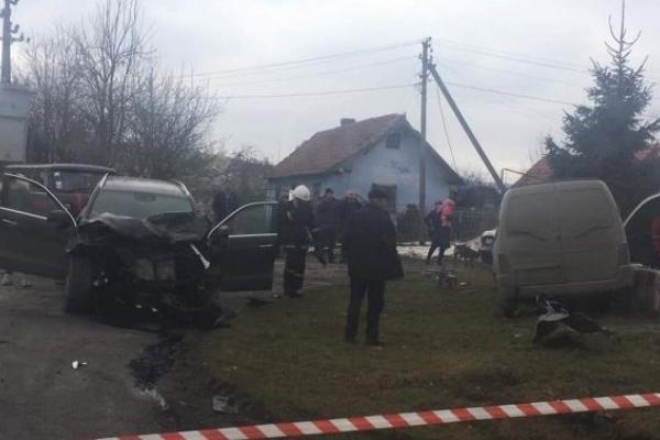 На трасі «Львів-Бібрка» загинув водій мікроавтобуса