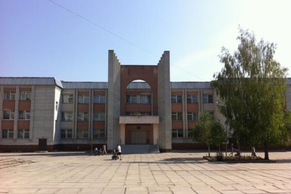 Львівську вчительку, яка залишила на кордоні учня, звільнили з посади завідувачки
