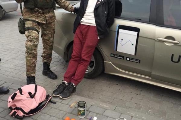 У Львові затримали групу наркоторговців, які збували психотропи через «Telegram» (Фото)