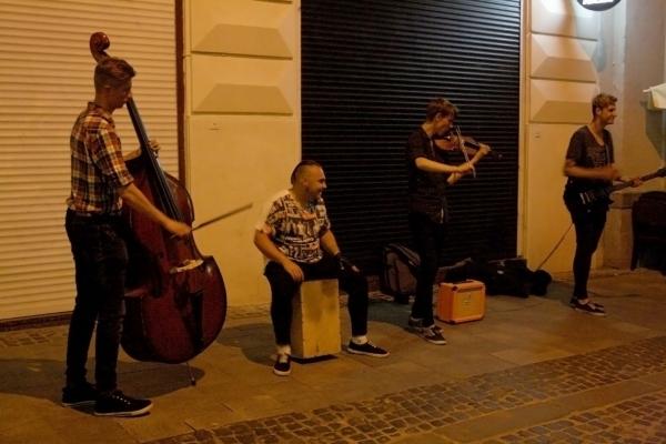 У Львові просять легалізувати вуличних музикантів