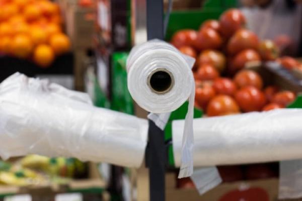 9 квітня п'ять мереж супермаркетів Львова відмовляться від поліетилену