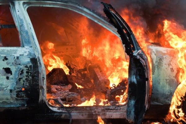 У Жовківському районі підпалили автомобіль