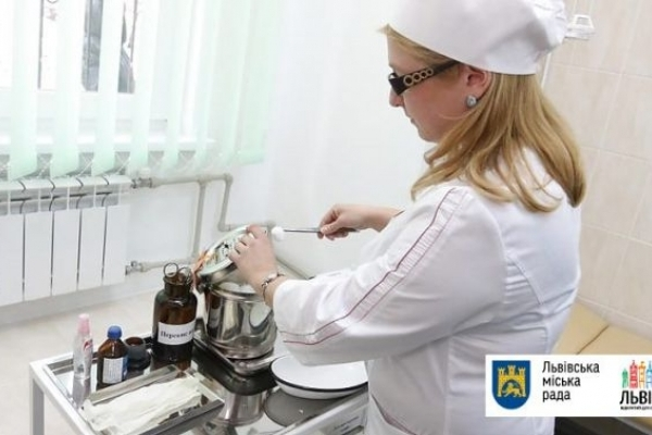 У Львові вакцинували від кору 7556 школярів