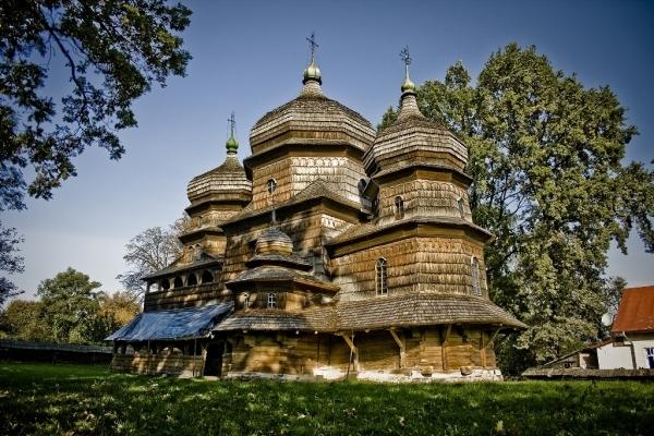 У Дрогобичі реставрують дві церкви. Виділено понад один мільйон гривень