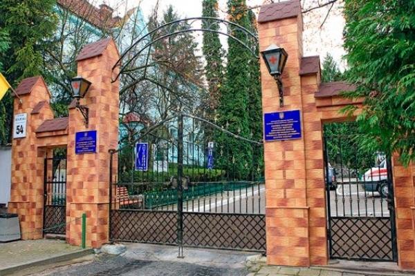 У Львові шпиталізували в інфекційну лікарню п'ятьох дітей