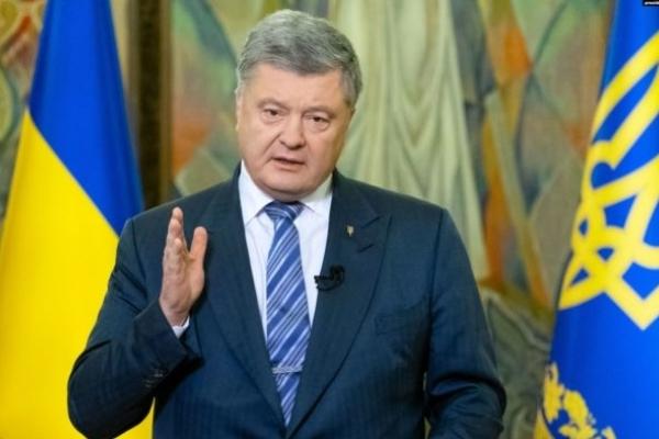 Подерв'янський: Порошенко добре виконує функції президента
