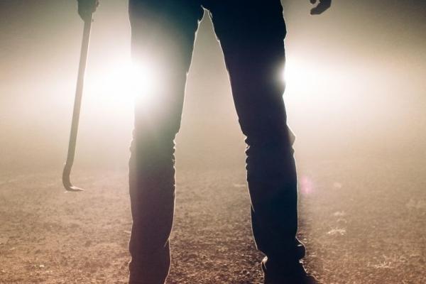 У Дрогобичі 15-річний юнак через гроші побив перехожого металевою палицею