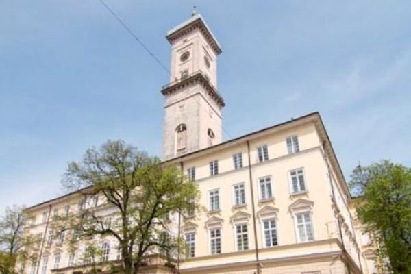 У Львові закінчуються місця для поховань